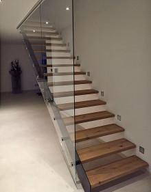 01-treppe